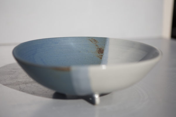 Passoire bleue grès, atelier Terenko, juliette lecuyer, Morbihan, vannes